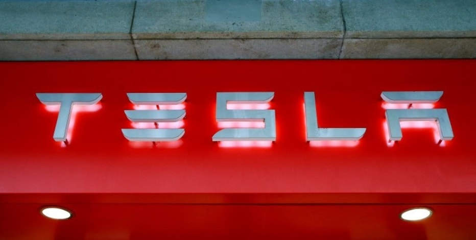 The logo of U.S. car manufacturer Tesla is seen in Zurich, Switzerland July 14, 2016.     REUTERS/Arnd Wiegmann/File Photo