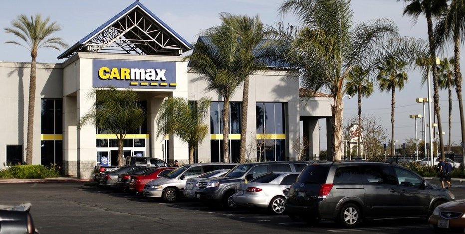 A CarMax dealership is pictured in Duarte, California March 28, 2014.