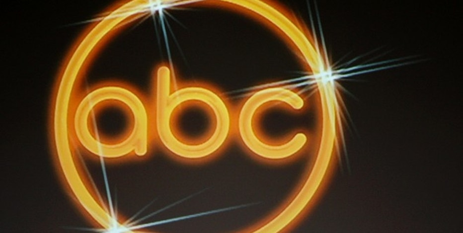 The logo for the ABC television network is shown on a video screen at the Disney ABC Television Group summer press tour in Beverly Hills, California  July 16, 2008.  REUTERS/Fred Prouser               (UNITED STATES) - RTX7ZXP