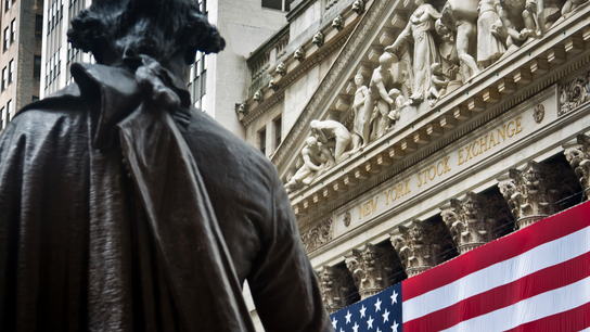 US stock indexes mostly lower in afternoon trading&#x3b; oil down