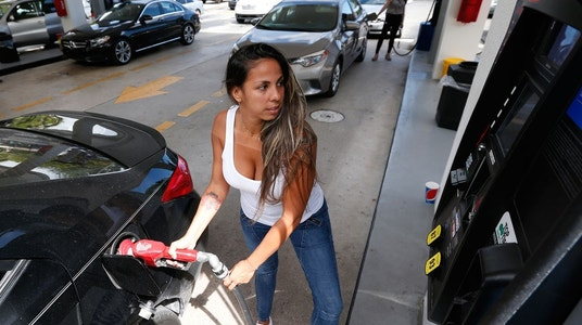 Will drivers pay more at the pump this Thanksgiving?