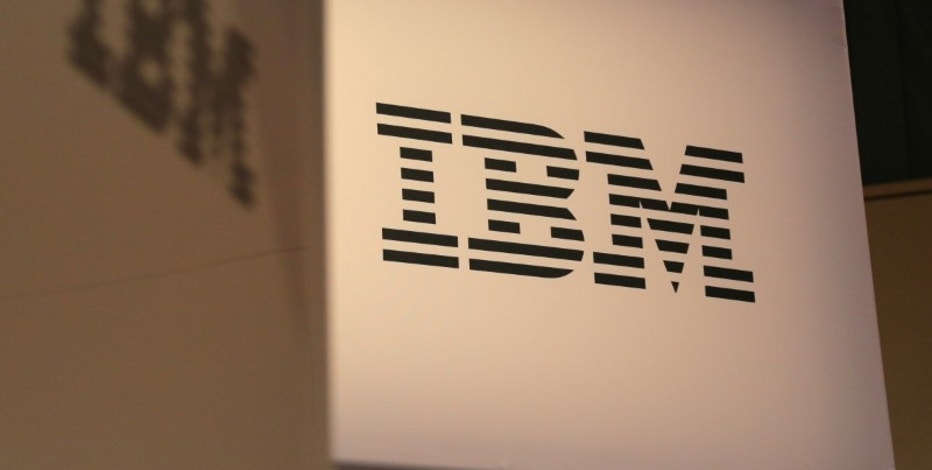 The logo for IBM is seen at the SIBOS banking and financial conference in Toronto, Ontario, Canada October 19, 2017. Picture taken October 19, 2017. REUTERS/Chris Helgren - RC14185AA8E0