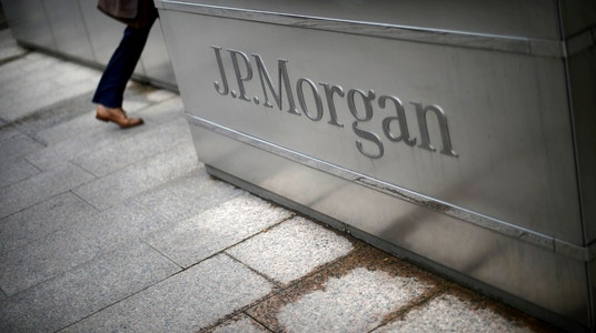 JPMorgan hikes pay by 10%, opening hundreds of more branches on tax reform