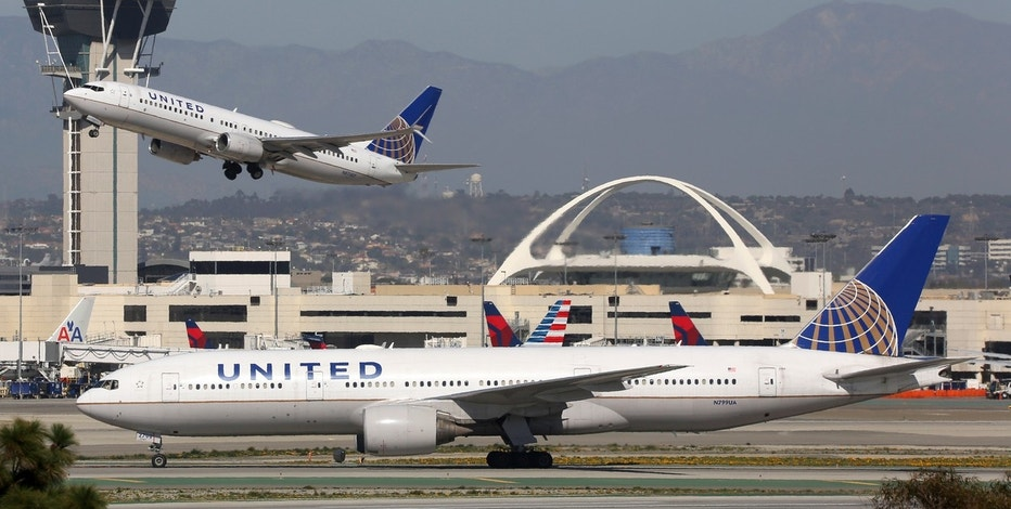 United Continental -6% on plans to match low fares, expand capacity