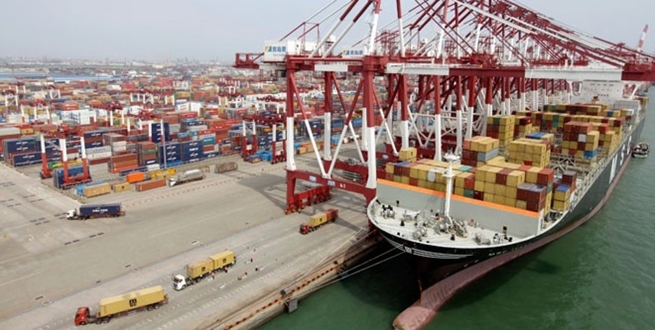 USA  trade deficit jumps amid surging imports