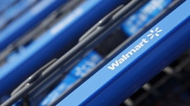 Wal-Mart Pays Over $200M in Store Staff Bonuses