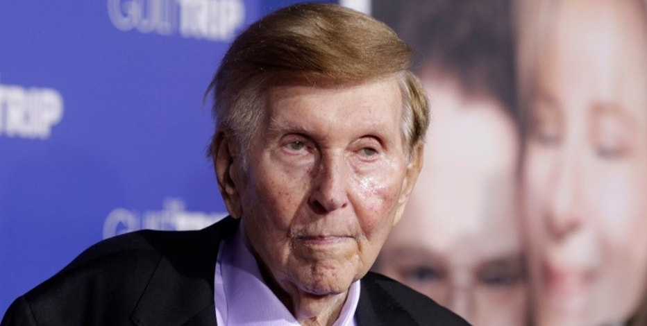 FILE PHOTO: Sumner Redstone, executive chairman of CBS Corp. and Viacom, arrives at the premiere of 'The Guilt Trip' in Los Angeles December 11, 2012.  REUTERS/Fred Prouser/File Photo