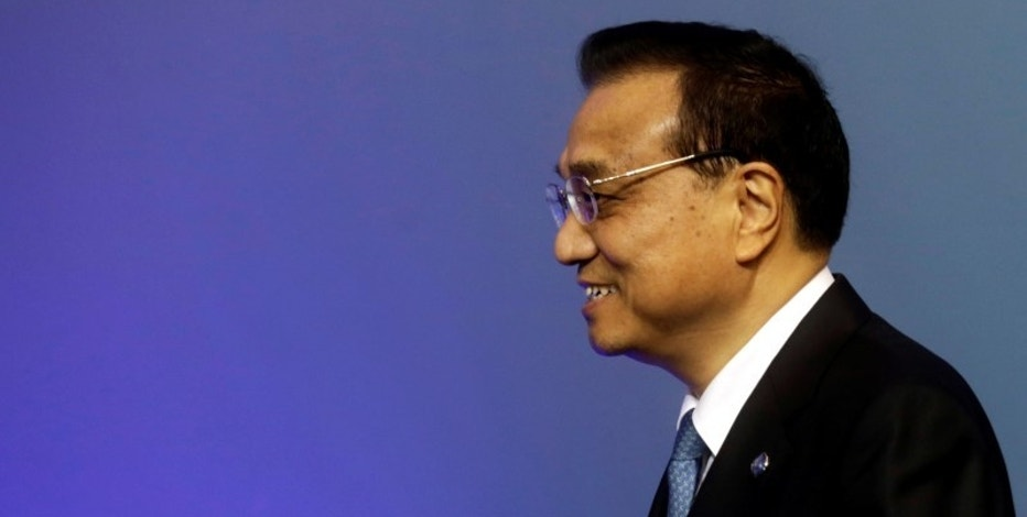 China's Premier Li Keqiang arrives to the meeting of heads of government Central and Eastern European countries and China in Riga, Latvia, November 5, 2016.  REUTERS/Ints Kalnins