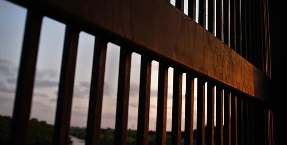 Two-Party Rejection to Build Border Wall Grows in USA