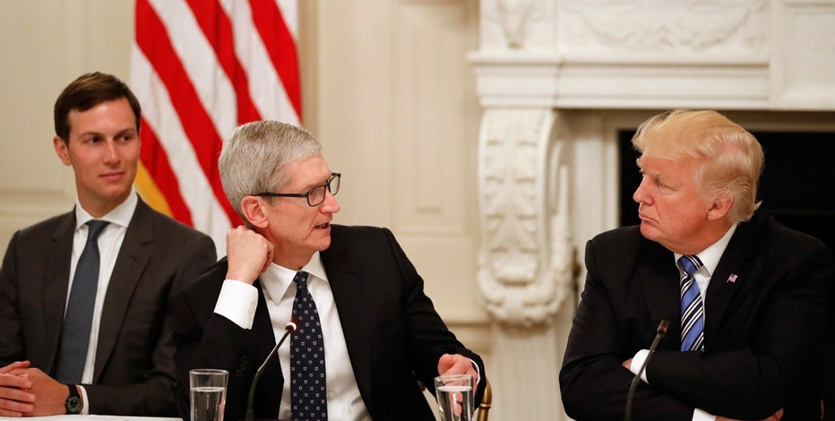 Jared Kushner, Trump, Tim Cook FBN