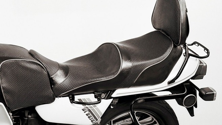 BMW R100 fitted with Corbin seat - for illustrative purposes only.