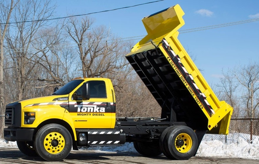 Mighty Ford F-750 TONKA