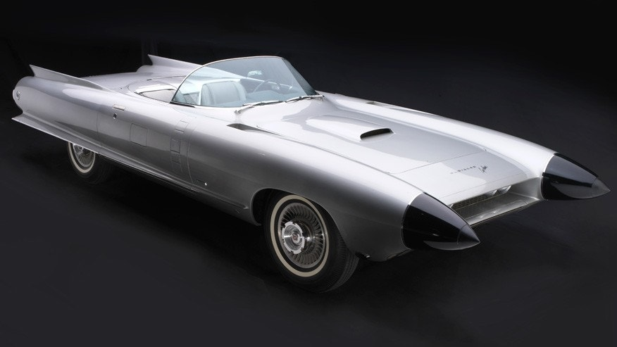 If the Le Sabre was about the jet age, the 1959 Cadillac Cyclone XP-74 pushed things into the space age with its rocket style bodywork, clear bubble canopy and radar-equipped nosecones.