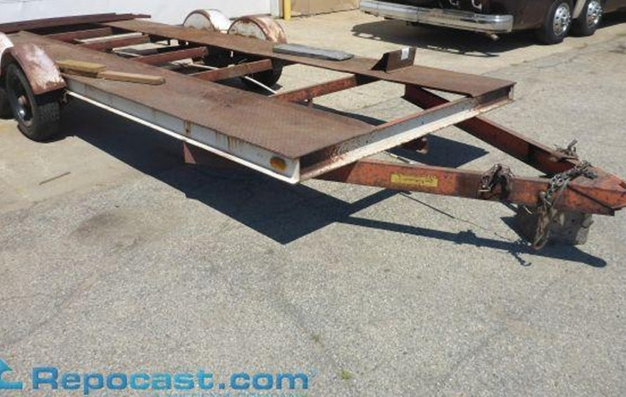1977 C&C Mfg Co Drag Master 18' Tandem Axle Car Hauler Trailer