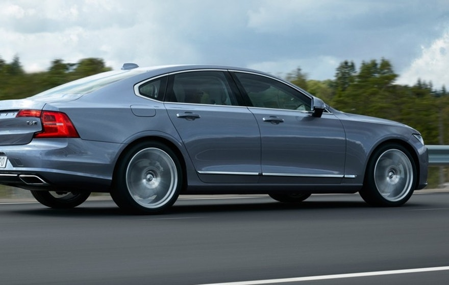 volvo s90 side handout