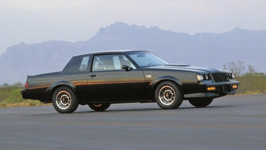 New Buick Grand National >> Twin 1987 Buick Grand Nationals parked for years uncovered ...
