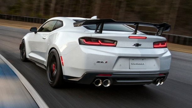 2018 Chevrolet Camaro ZL1 1LE is faster than Corvette, Ferrari at ...