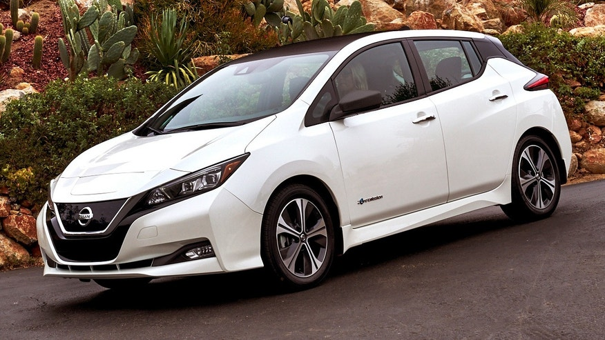 2018 nissan leaf revealed with longer range lower price fox news. Black Bedroom Furniture Sets. Home Design Ideas
