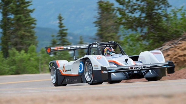 electric volkswagen going after pikes peak hill climb record fox news. Black Bedroom Furniture Sets. Home Design Ideas