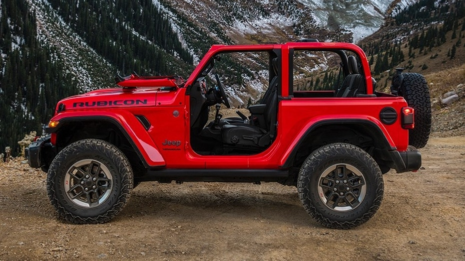 2018 jeep military. wonderful military 2018 jeep wrangler revealed in first official photos and jeep military