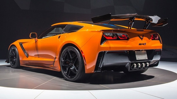 2019 Chevrolet Corvette Zr1 Is Gm S Most Powerful Car Ever Fox News