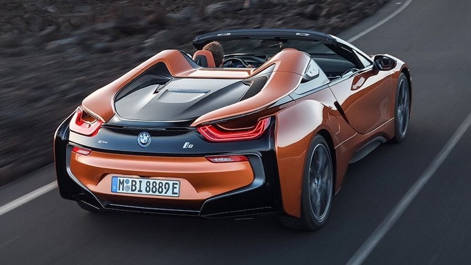 Full reveal of new BMW i8 Roadster