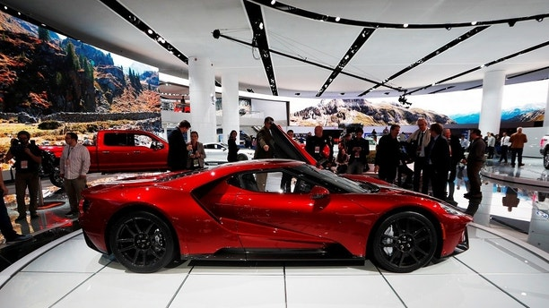 A 2017 Ford GT is displayed during the North American International Auto Show in Detroit, Michigan, U.S., January 10, 2017.  REUTERS/Mark Blinch - RC16A37A75D0