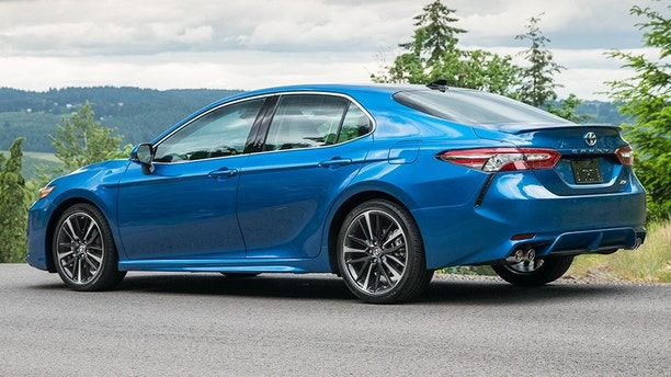 2018 toyota camry review x marks the spot fox news. Black Bedroom Furniture Sets. Home Design Ideas