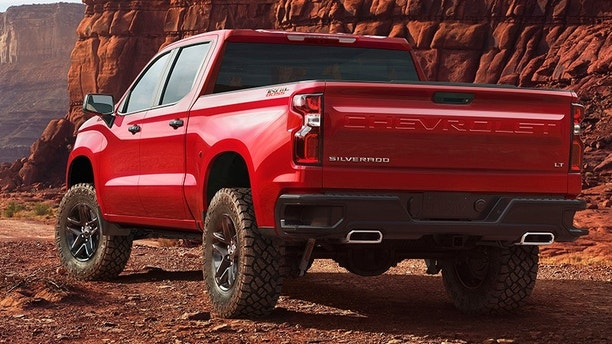 2019 Chevrolet Silverado makes surprise appearance ahead ...