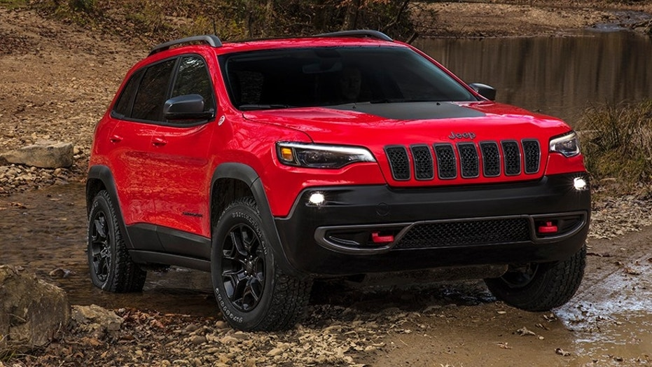 FCA shows off newly-designed Jeep Cherokee ahead of Detroit auto show