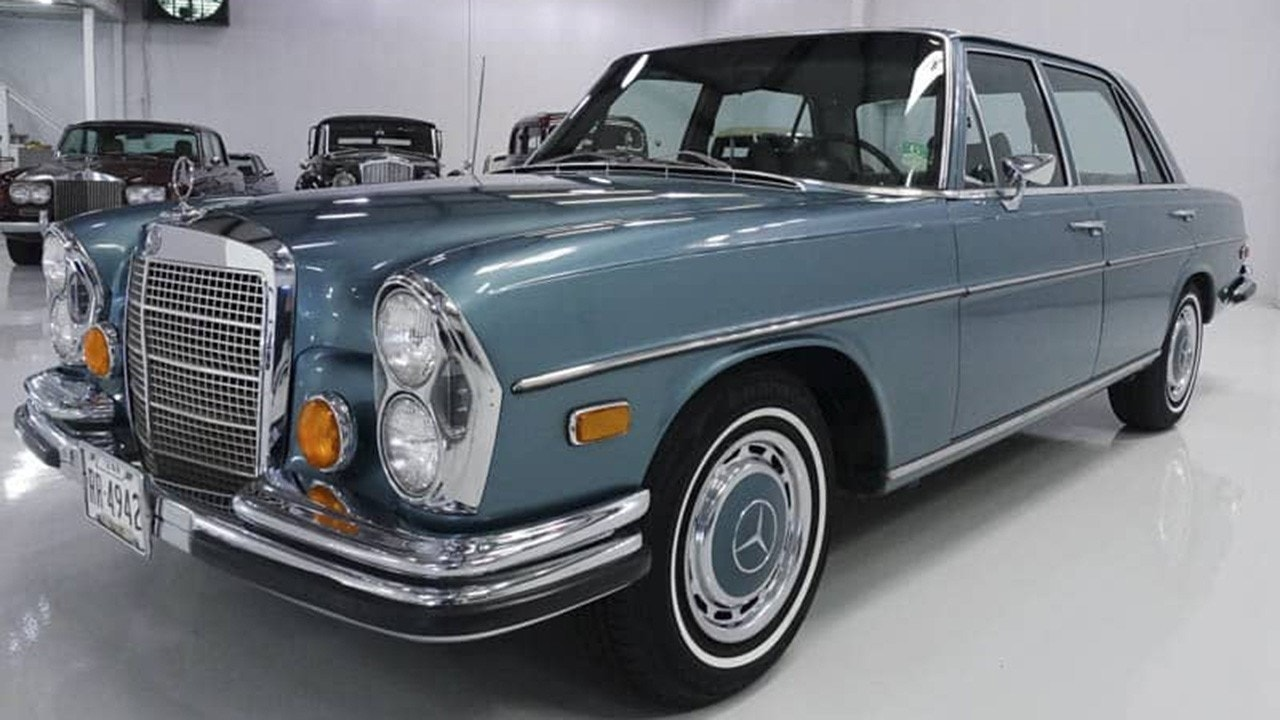 Act now! Elvis Presley's big blue Mercedes-Benz is on sale