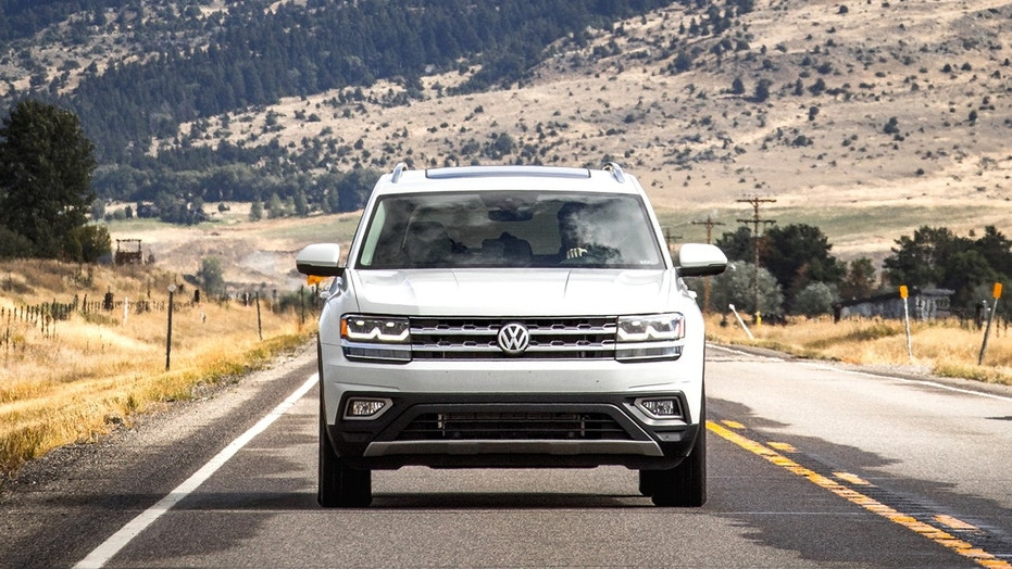 A Volkswagen Atlas-based pickup may be in the works.