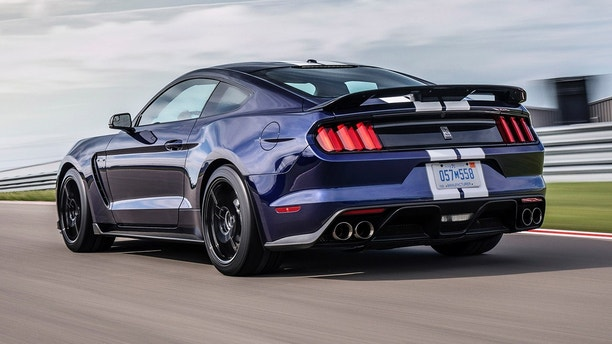 Ford officially introduces upgraded, all-new 2019 Mustang Shelby GT350