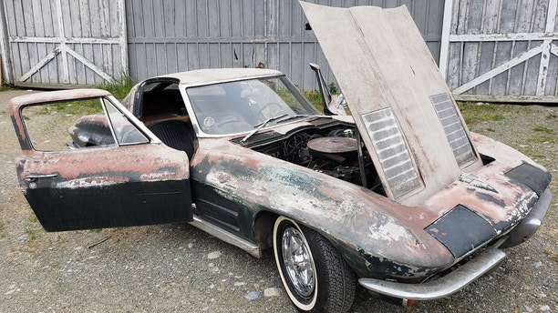 1963 Chevorlet Corvette Split Window