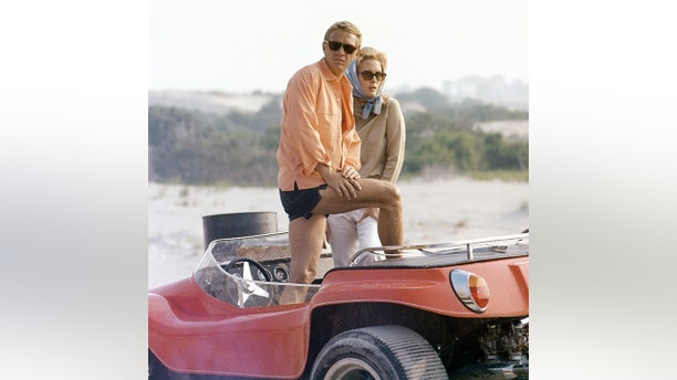 American actors Steve McQueen and Faye Dunaway on the role of The Thomas Crown Affair, directed by Norman Jewison. (Portray by United Artists/Sundown Boulevard/Corbis by Getty Photos)