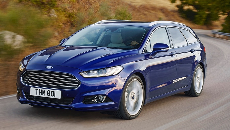 Imagine this Mondeo wagon, but taller