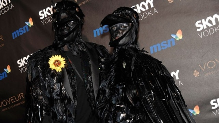 Oct. 31: Seal and wife Heidi Klum arrived at their own party dressed as crows.