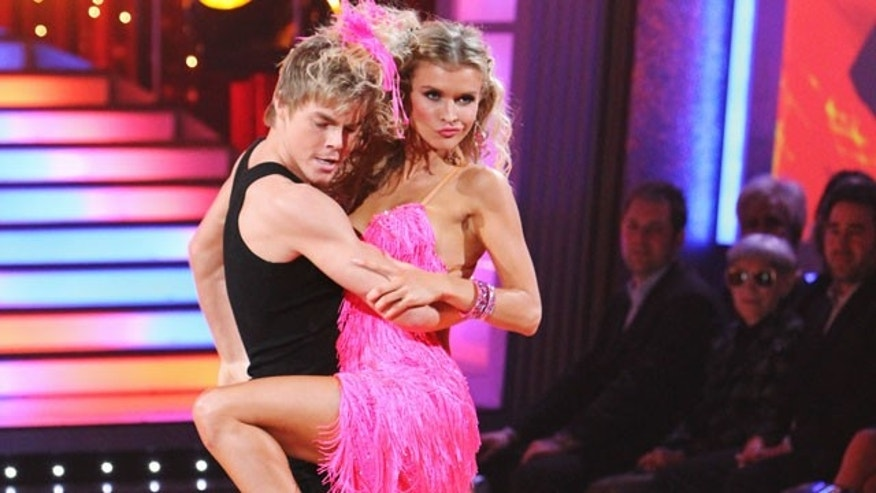 Joanna Krupa with partner Derek Hough