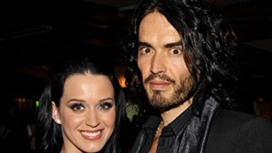"BEVERLY HILLS, CA - JANUARY 16:  Singer Katy Perry and actor/comedian Russell Brand attend The Art of Elysium's 3rd Annual Black Tie Charity Gala ""Heaven"" on January 16, 2010 in Beverly Hills, California.  (Photo by John Shearer/WireImage)"