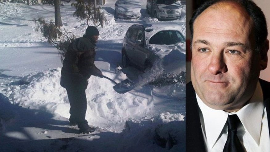50 Cent (left) and James Gandolfini helped shovel snow during the big storm that hit the East Coast earlier this week. (Plixi/Reuters)
