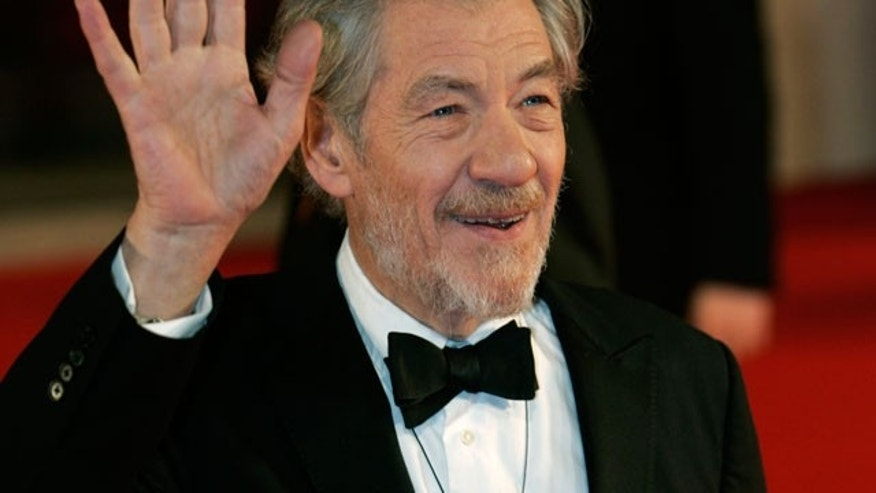 Ian McKellan will reprise his role as 'Gandalf' in 'The Hobbit.' (REUTERS)