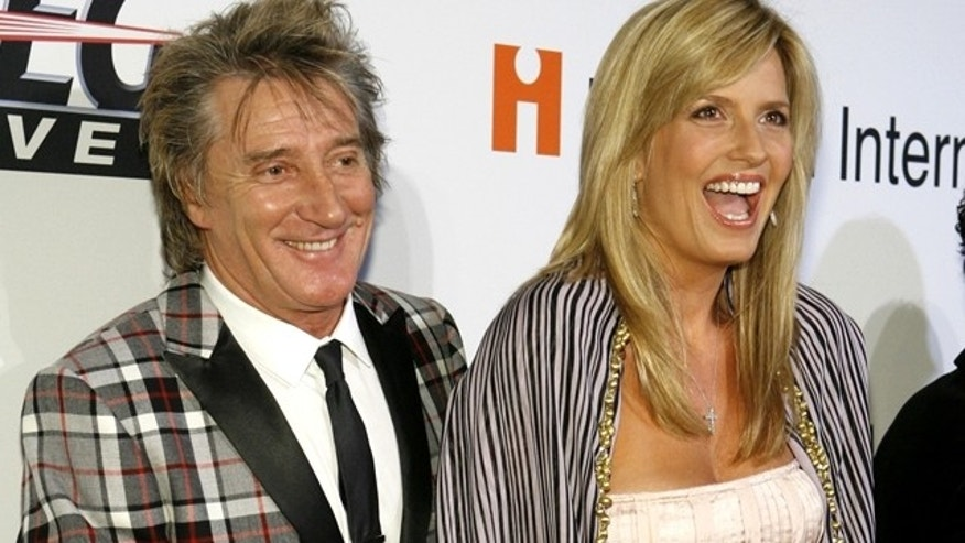 Rod Stewart and Penny Lancaster. (Reuters)