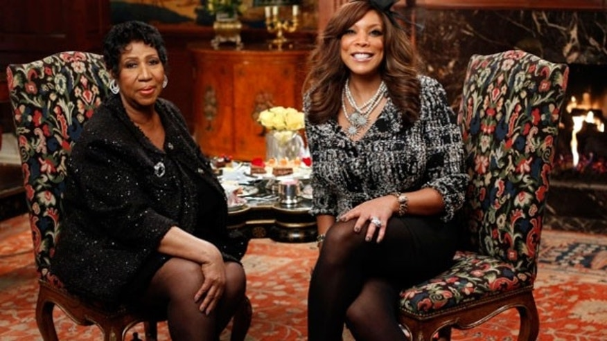 "In this Friday, Feb. 25, 2011 photo provided by ""The Wendy Williams Show,"" Wendy Williams, right, poses with Aretha Franklin during an interview at the Townsend Hotel in Birmingham, Mich. (AP)"