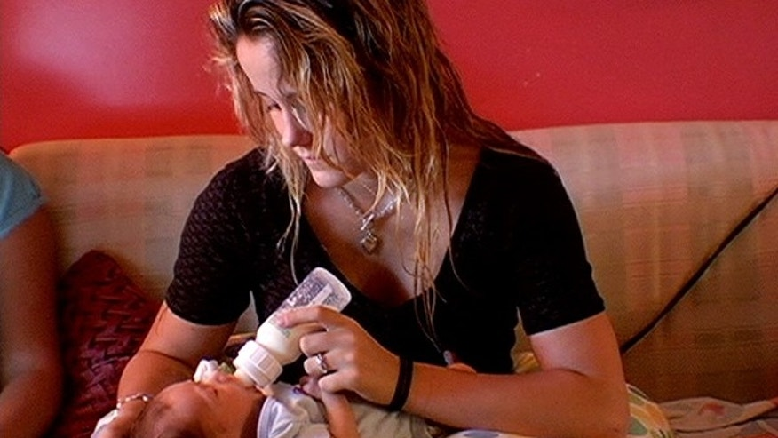 Jenelle Evans and baby Jace. (MTV)
