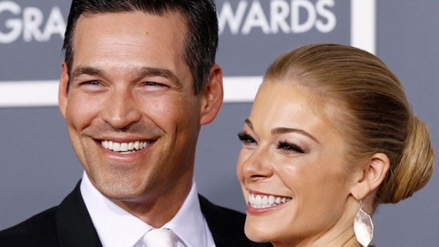 Eddie Cibrian and LeAnn Rimes (Reuters)