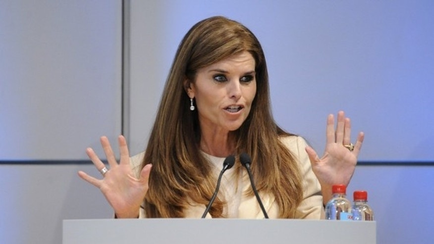 Maria Shriver, wife of California Governor Arnold Schwarzenegger, speaks at the African First Ladies Health Summit in Los Angeles April 20, 2009. REUTERS/Phil McCarten (UNITED STATES POLITICS HEALTH)