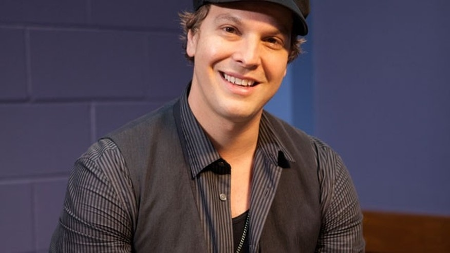 Gavin DeGraw (AP)