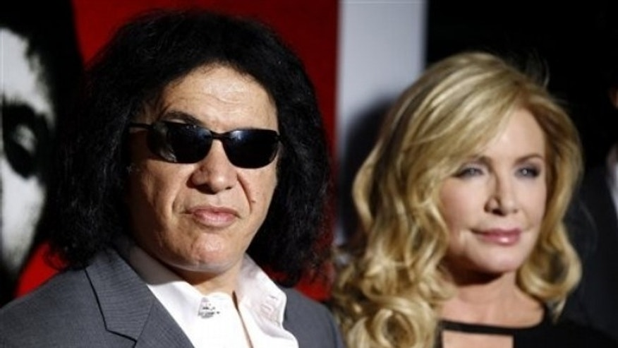 Gene Simmons and Shannon Tweed (AP)