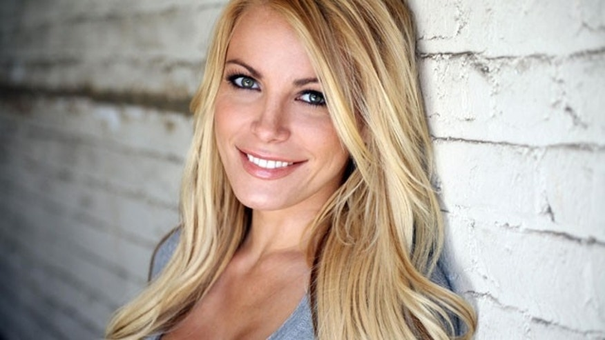 What does Crystal Harris want for Christmas this year?