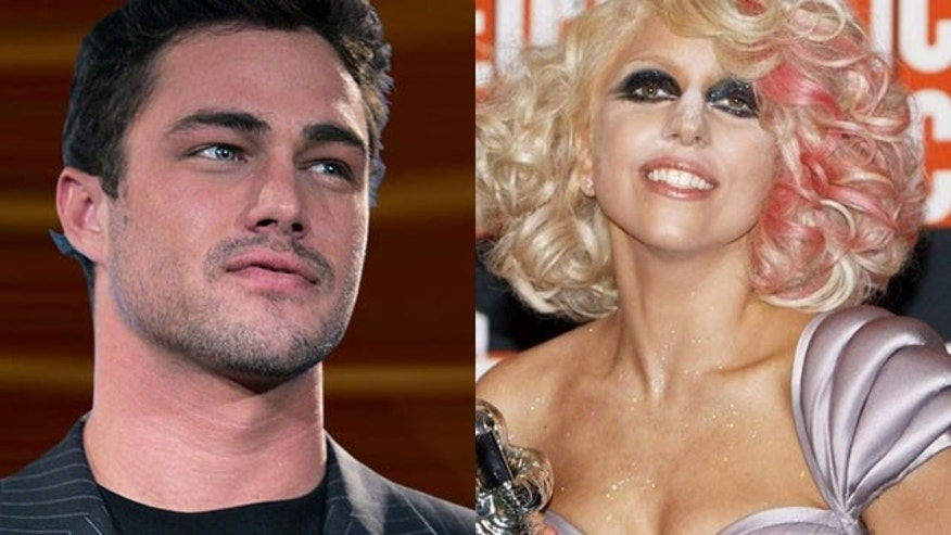 'Vampire Diaries' star Taylor Kinney and Lady Gaga are reportedly dating. (AP)
